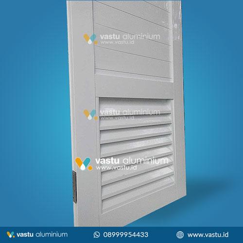 Pintu-Panel-Jalusi-Putih-Detail